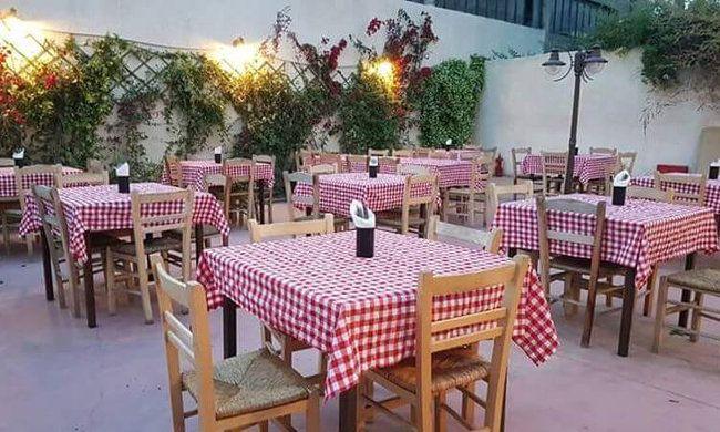 """12€ για ένα γεύμα 2 ατόμων με ελεύθερη επιλογή από τον κατάλογο φαγητού και ποτού, στο μεζεδοπωλείο """"Το Λυχνάρι"""" στον Βοτανικό"""