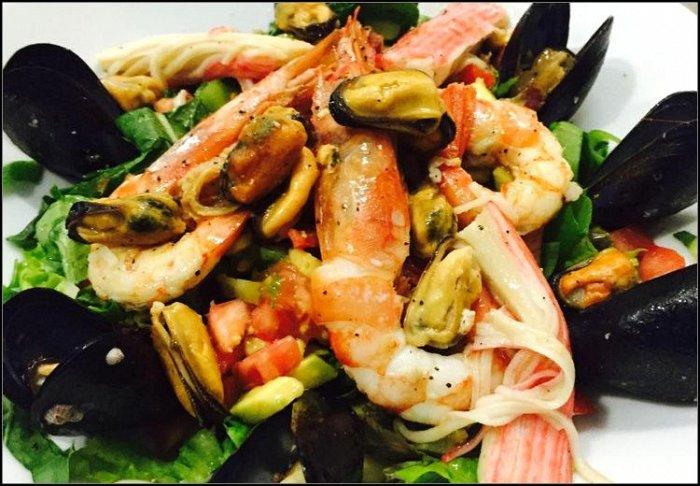 19,90€ για ένα γεύμα για 2 άτομα με ελεύθερη επιλογή από τον κατάλογο, στο εστιατόριο